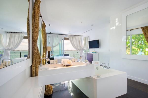 bathroom of expensive villa in miami