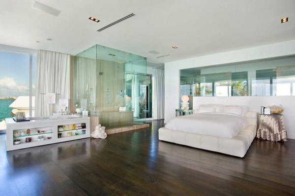 open space bedroom in villa valentina