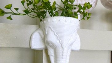 White Elephant Wall Hanging Planter 1