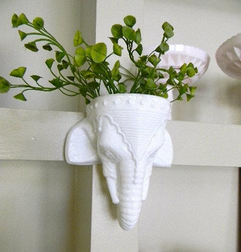 White Elephant Wall Hanging Planter 1