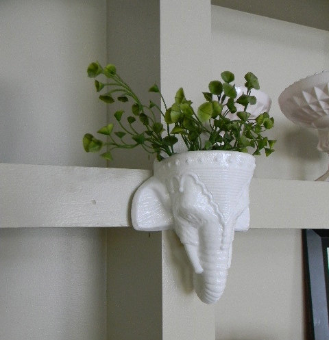 White Elephant Wall Hanging Planter 2