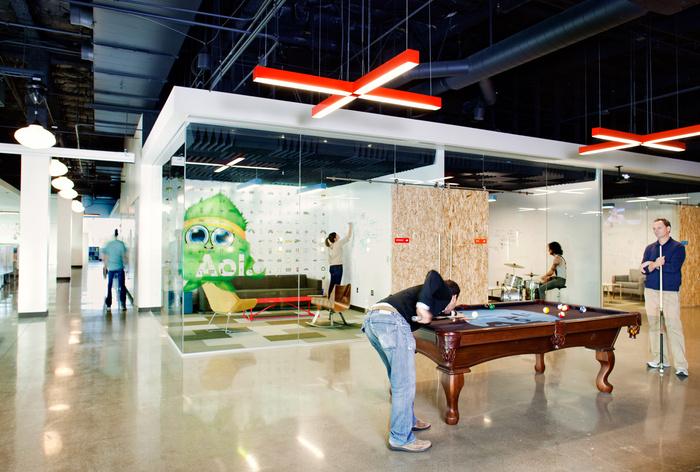 AoL-Headquarters-in-Palo-Alto