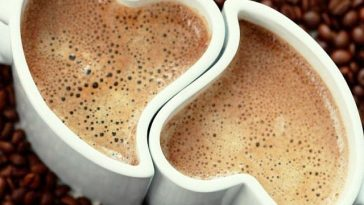 heart shaped coffee cups