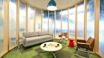 relaxing-area-AoL-HQ-interior-photo