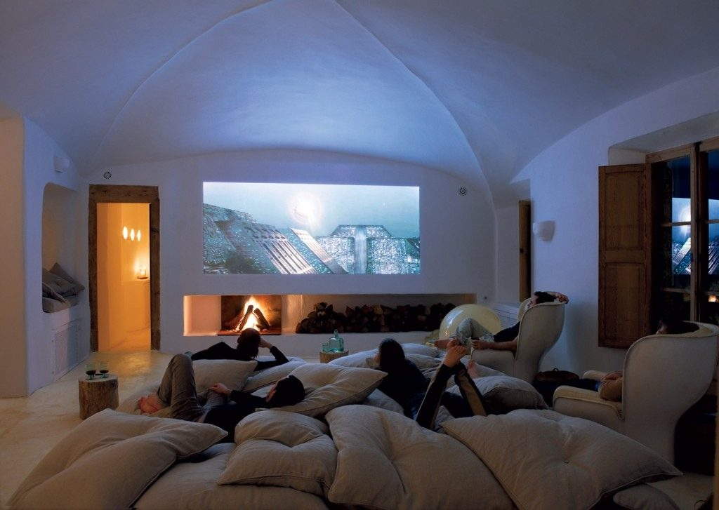 sleep in movie room for small space