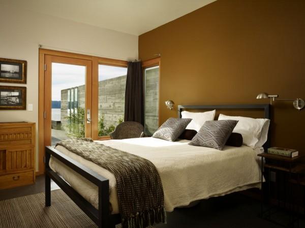 small bedroom dark coloar a sense of solitude