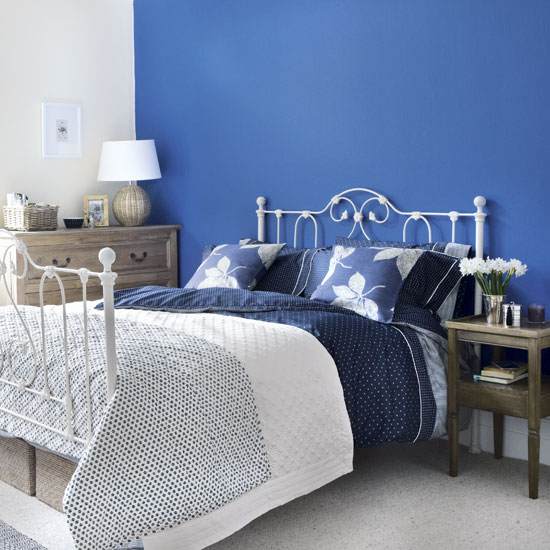 small space using blue color to make it bigger