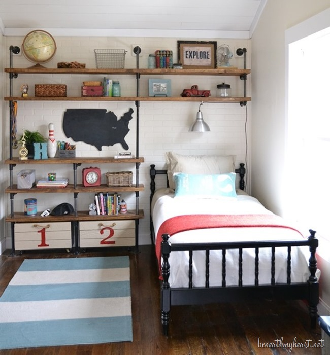 vertical space for a tiny bedroom