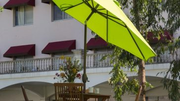 Abba lime green Patio 9 Feet Patio Umbrella with Auto Tilt