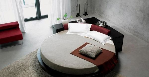 beautiful and neat round bed with mattress
