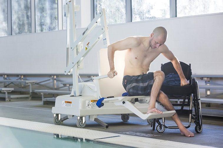 handicap portable pool lift review