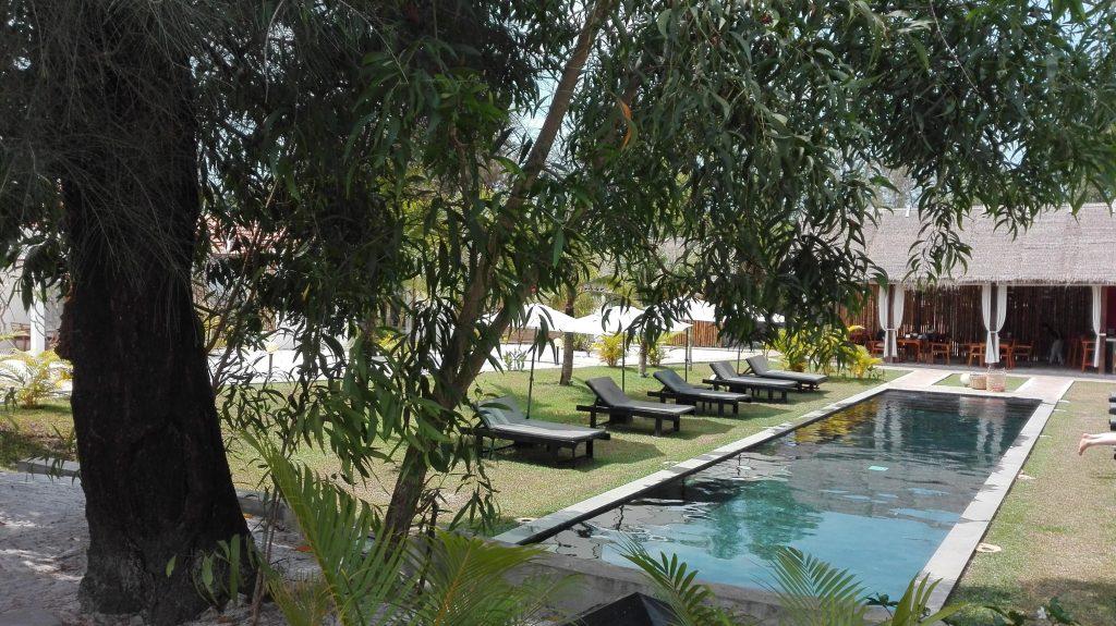 Sahaa beach resort swimming pool
