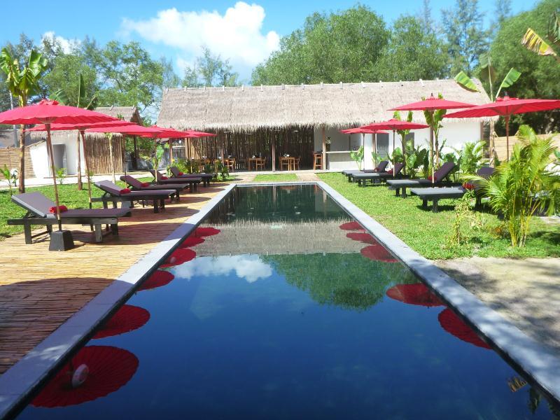 sahaa beach resort pool view