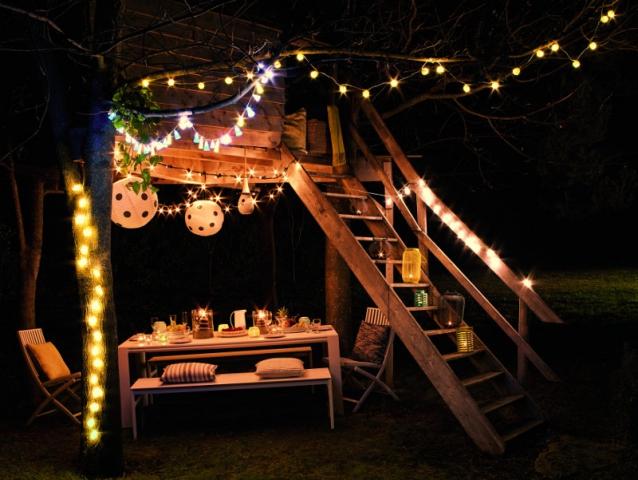 warm color lighting for outdoor garden