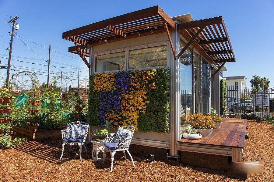 venice prebuilt concrete home courtyard