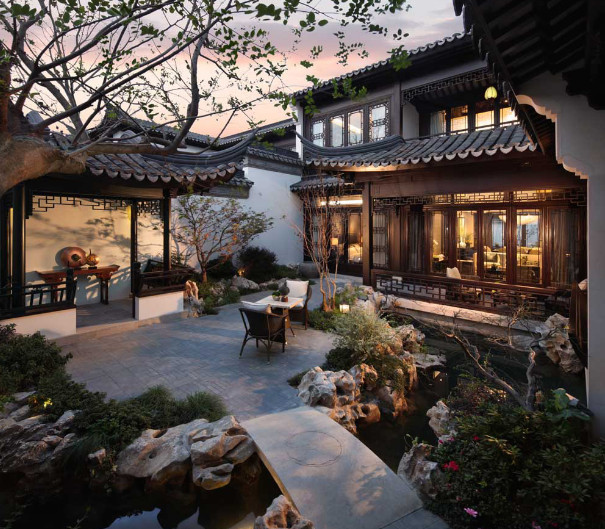 beautiful courtyard of the most expensive china home