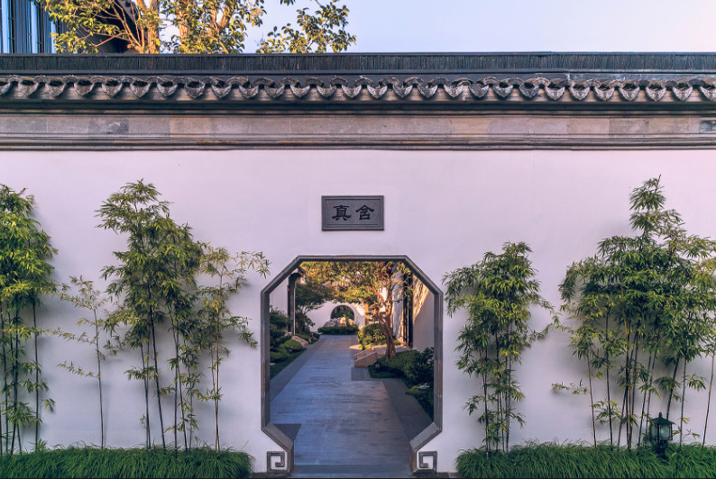 courtyard of the most expensive mainland china home
