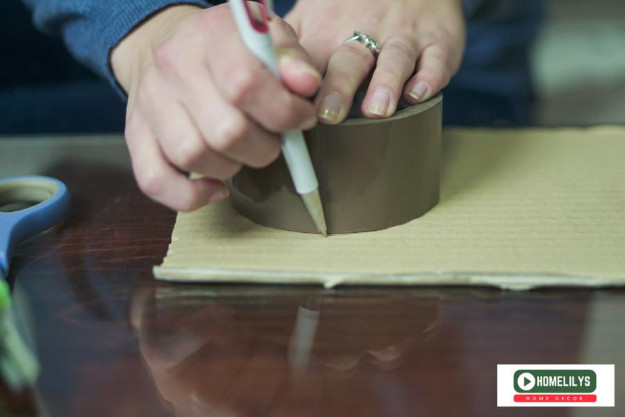 cut the cardboard into circles