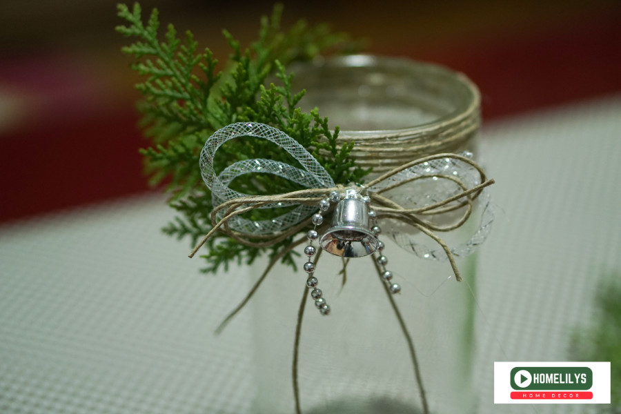 leaft and bow on the old jam jar candle holder
