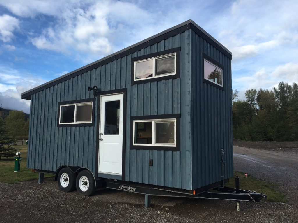 the blue cowboz micro home on wheel