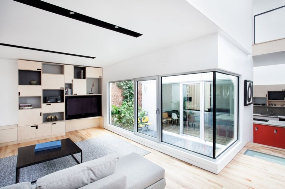 uncluttered contemporary interior design