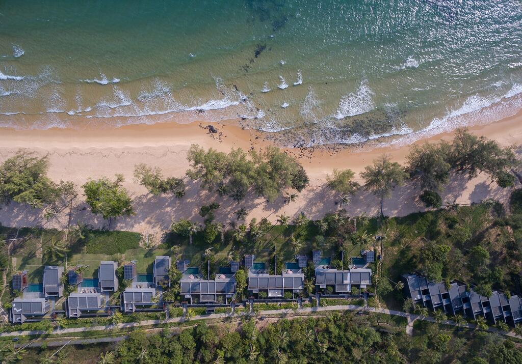 koh reusey beach front villa sihanoukville